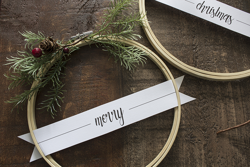Christmas Embroidery Hoop Wreath.Merry Christmas Embroidery Hoop Wreaths Hello Yellow